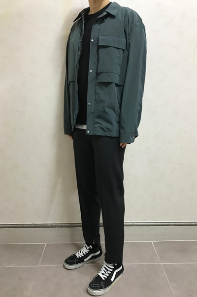 windbreak outer shirt
